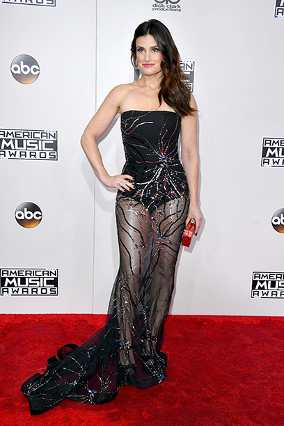 LOS ANGELES, CA - NOVEMBER 20: Actress Idina Menzel attends the 2016 American Music Awards at Microsoft Theater on November 20, 2016 in Los Angeles, California. (Photo by Steve Granitz/WireImage)