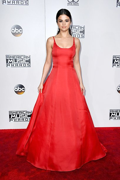 LOS ANGELES, CA - NOVEMBER 20: Actress Selena Gomez attends the 2016 American Music Awards at Microsoft Theater on November 20, 2016 in Los Angeles, California. (Photo by Steve Granitz/WireImage)