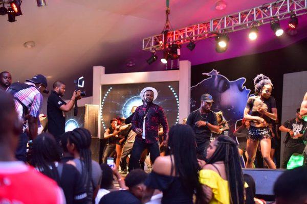 falz-on-stage
