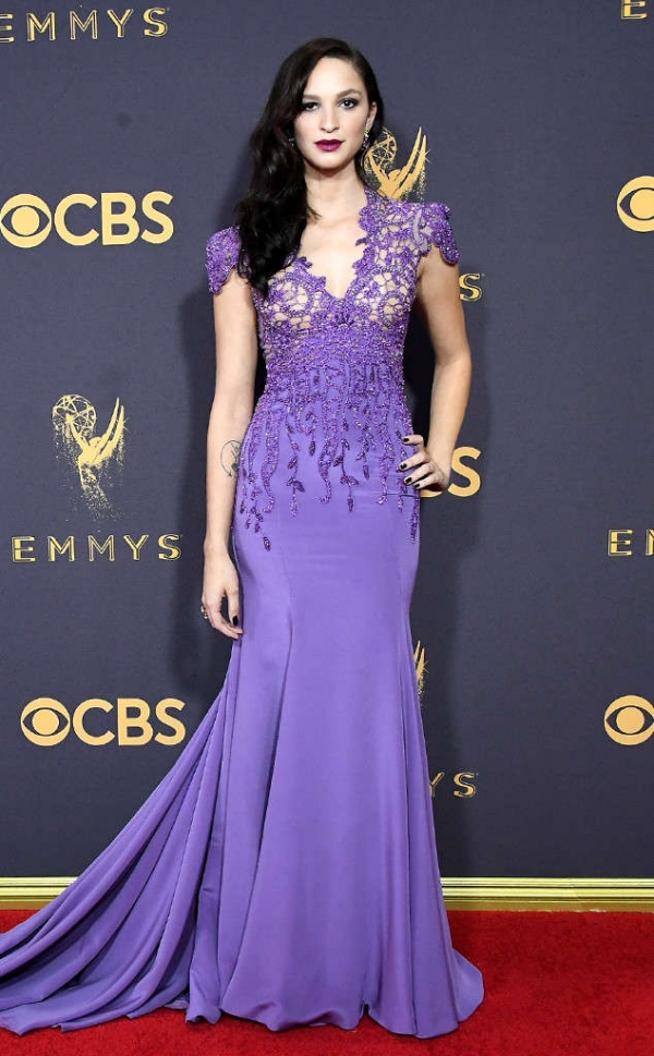 emmyrs_634x1024-170917153523-634.Ruby-Modine-Emmy-Awards-Best-Dressed-2017