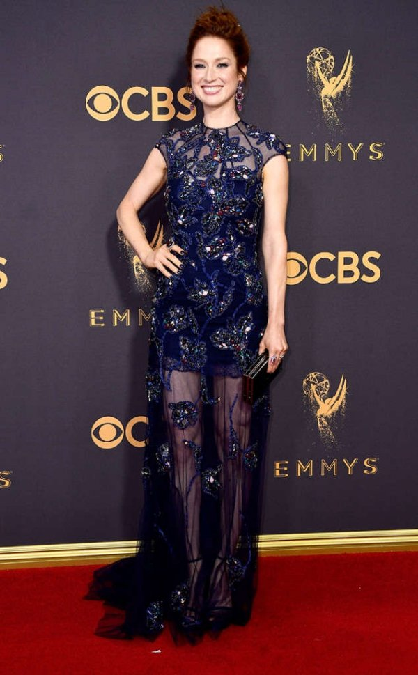 emmyrs_634x1024-170917162041-634-emmy-awards-arrivals-2017-ellie-kemper