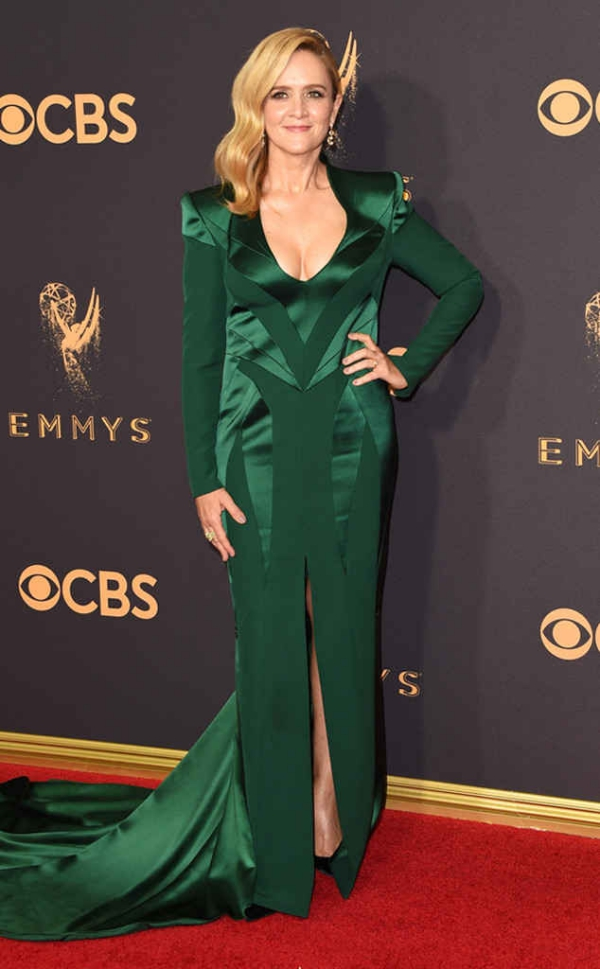 emmyrs_634x1024-170917162745-634.Samantha-Bee-Emmy-Awards-Arrivals-2017