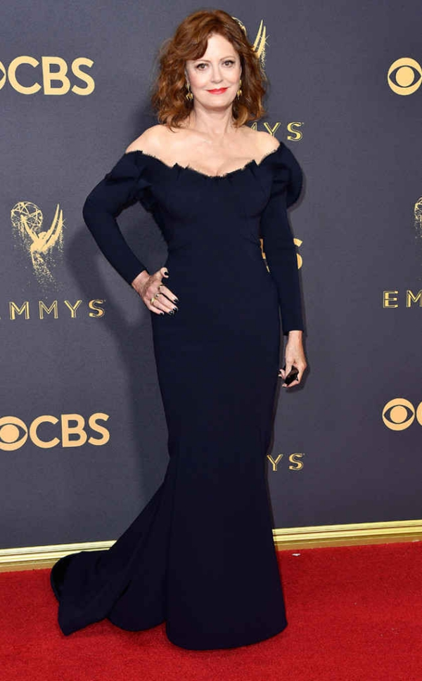 emmyrs_634x1024-170917170420-634-emmy-awards-arrivals-2017-susan-sarandon