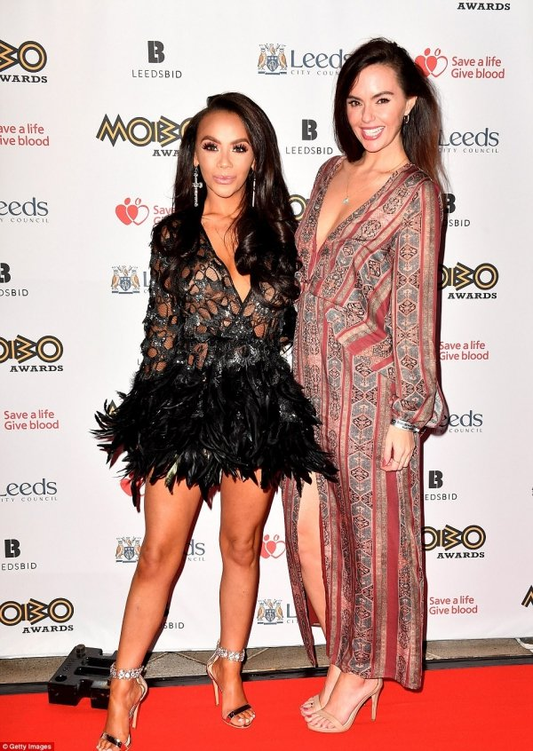 MOBO46D04A5900000578-5130007-Mothers_night_out_Jennifer_Metcalfe_34_and_Chelsee_Healey_28_mad-a-62_1511985181759