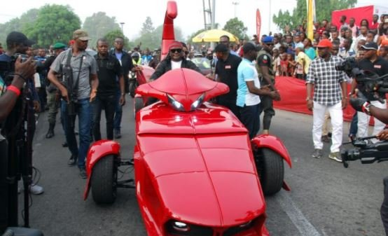 PHOTOS: Ayade, Duke lead bikers' parade at Calabar Carnival | TheCable.ng