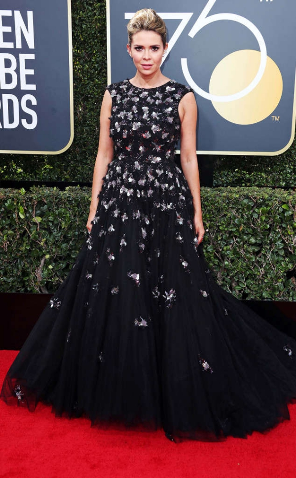 rs_634x1024-180107141137-634-red-carpet-fashion-2018-golden-globe-awards-Carly-Steel.