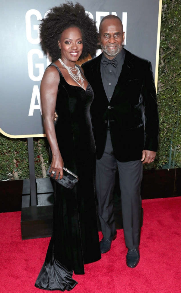 rs_634x1024-180107173807-634.Viola-Davis-Julius-Tennon-Golden-Globes.ms.010718.