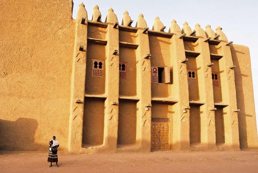 Kano-city-walls-hotels