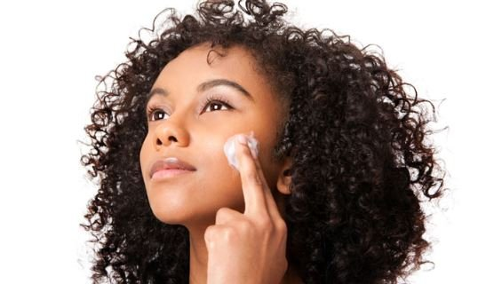 Five widespread misconceptions about acne you should know