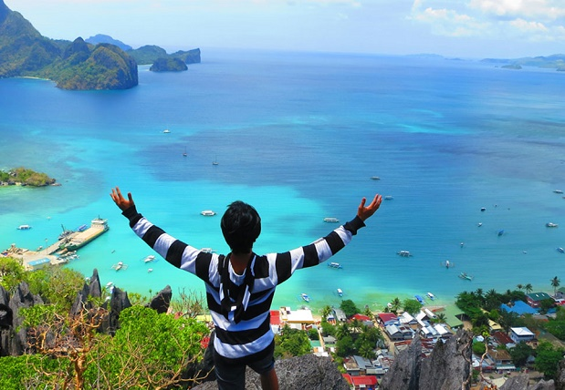 Six ways to travel the world and get paid for it