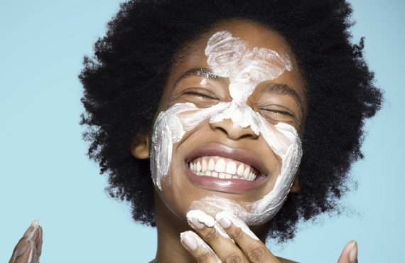 5 simple homemade scrubs for a flawless skin
