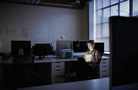 Working long hours increases risks of stroke, study says