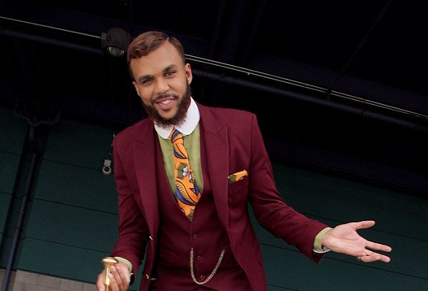 Nigerians are known for scamming because we're smarter, says Jidenna