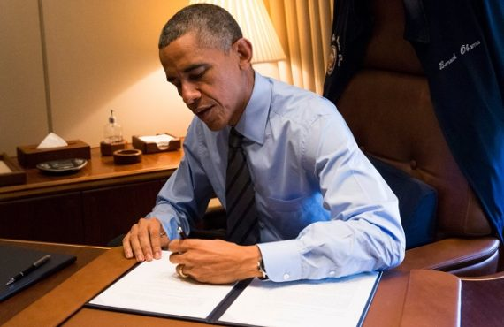 Study: Why left-handed people have better communication skills