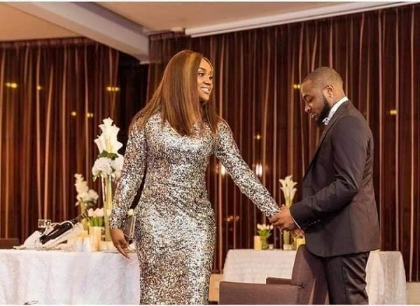 Davido finally proposes to Chioma