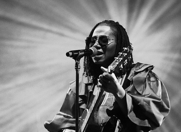 DOWNLOAD: Asa drops 14-track album 'Lucid'