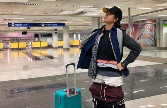 Airline passenger wears 2.5kg of her clothes to avoid paying…