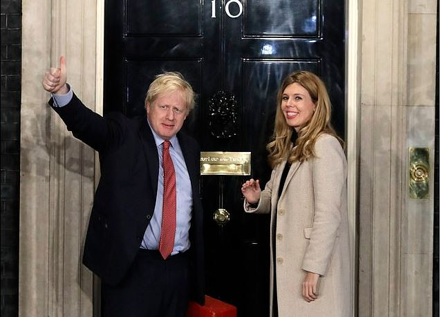 Boris Johnson, girlfriend save taxpayers thousands by flying economy to Caribbean for New Year