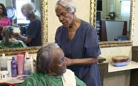 Meet Callie Terrell, oldest beautician who keeps styling hair at…