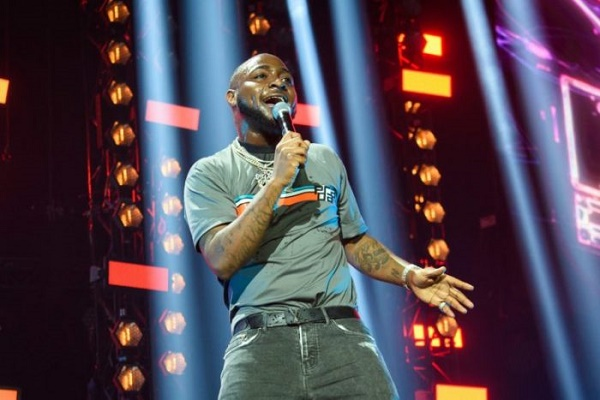 Davido announces December concert -- after ditching Jos show