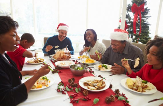 Five things to avoid doing while visiting bae's family this holiday
