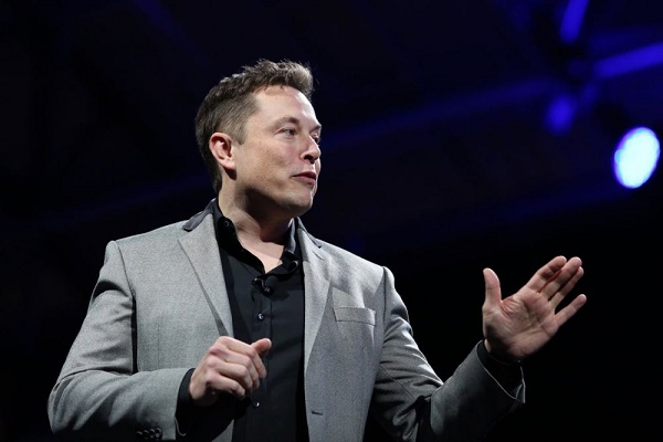 'It's lame' — Elon Musk advises users to delete Facebook