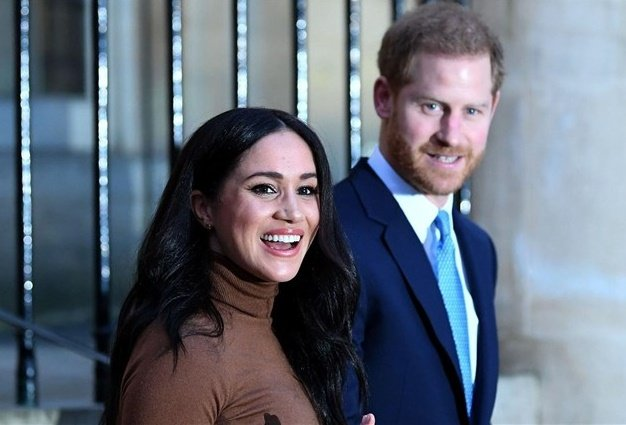 Meghan and Harry to officially step down next month