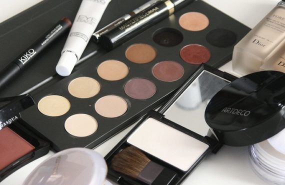 Makeup expiry: Know when to replace your beauty products