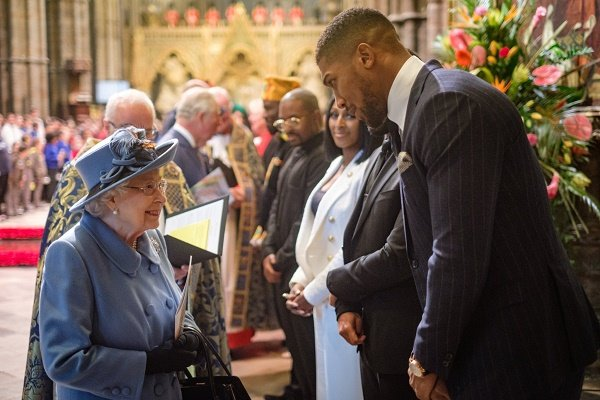 VIDEO: Anthony Joshua tells Queen of England about egusi, pounded yam