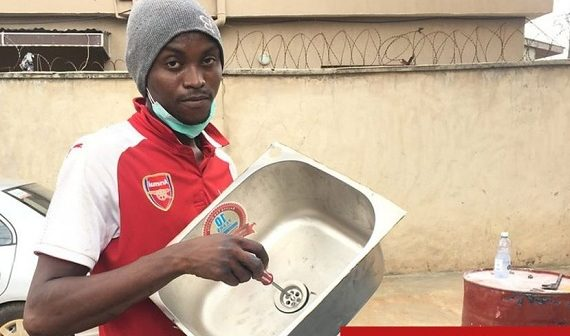 Nigerian man converts drums into wash-hand basins to help fight…