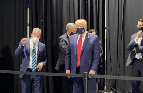 Trump finally wears face mask — but not in public