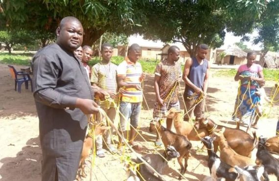 EXTRA: Benue politician 'donates ropes to communities for tying goats'