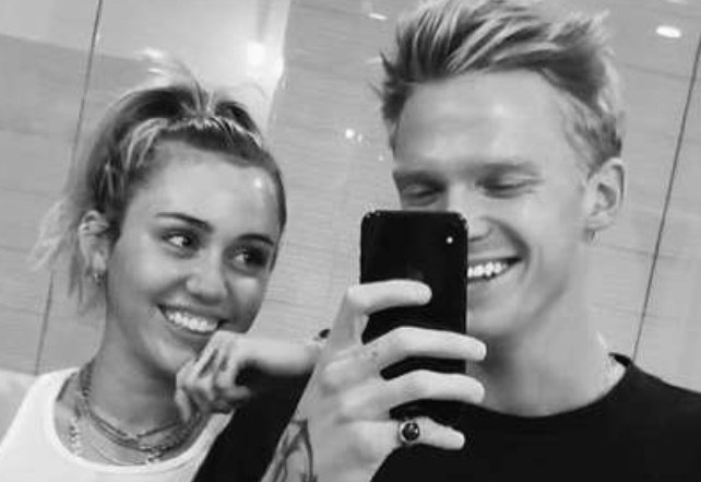 Miley Cyrus confirms split from Cody Simpson