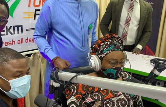 PHOTOS: Yinka Ayefele inaugurates another radio station in Ekiti