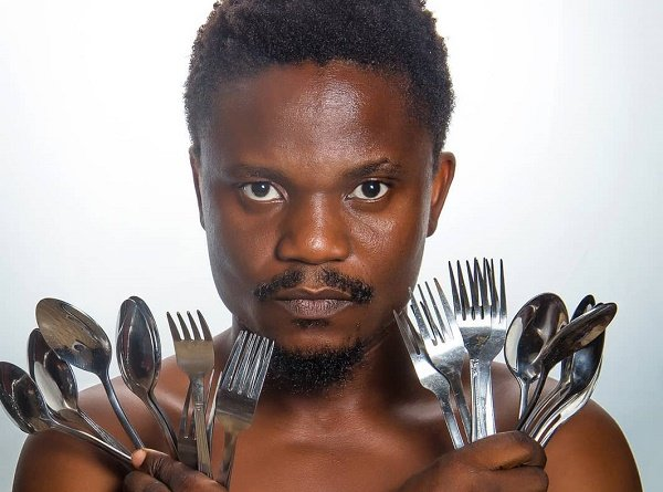 INTERVIEW: Sculpting statues from stainless spoons with Abinoro Collins