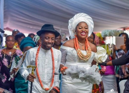 PHOTOS: Erigga weds Morenike in Warri