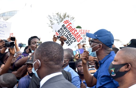 VIDEO: #EndSARS protesters shush Sanwo-Olu with Davido's 'FEM'