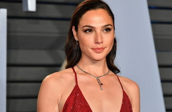 Gal Gadot says US filmmaker 'threatened my career' on Justice…