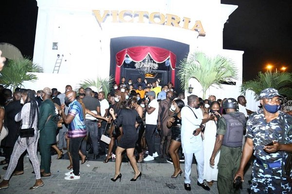 237 arrested as police raid Lagos nightclubs for flouting COVID-19 protocols