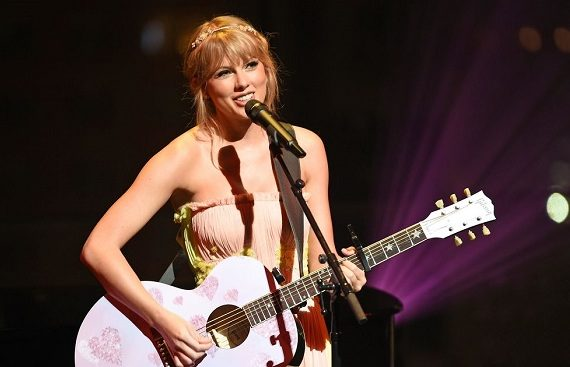 DOWNLOAD: Taylor Swift drops new version of 'Love Story'