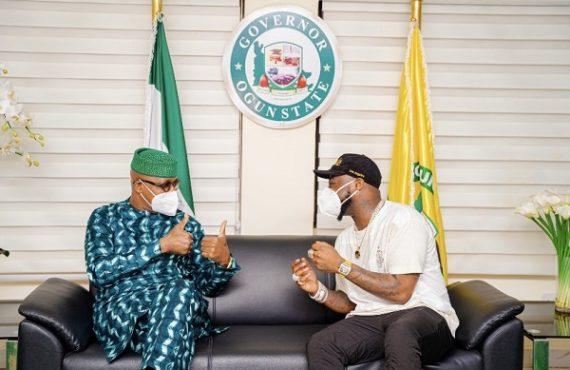 Davido meets Dapo Abiodun, gifts Yinka Ayefele N1m