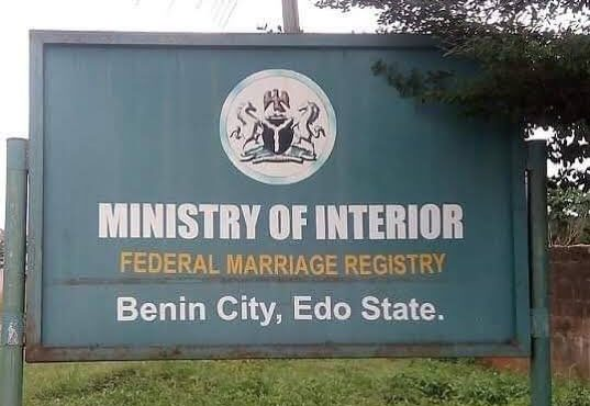 FG suspends Benin registrar who 'left about-to-wed couple stranded'