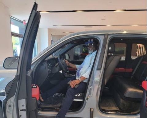 Dino Melaye kicks as car dealer accuses him of N14.5m debt