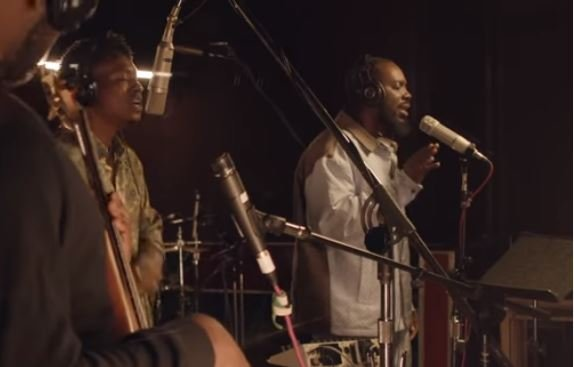 Watch Adekunle Gold's live performance of 'Sinner' with Lucky Daye